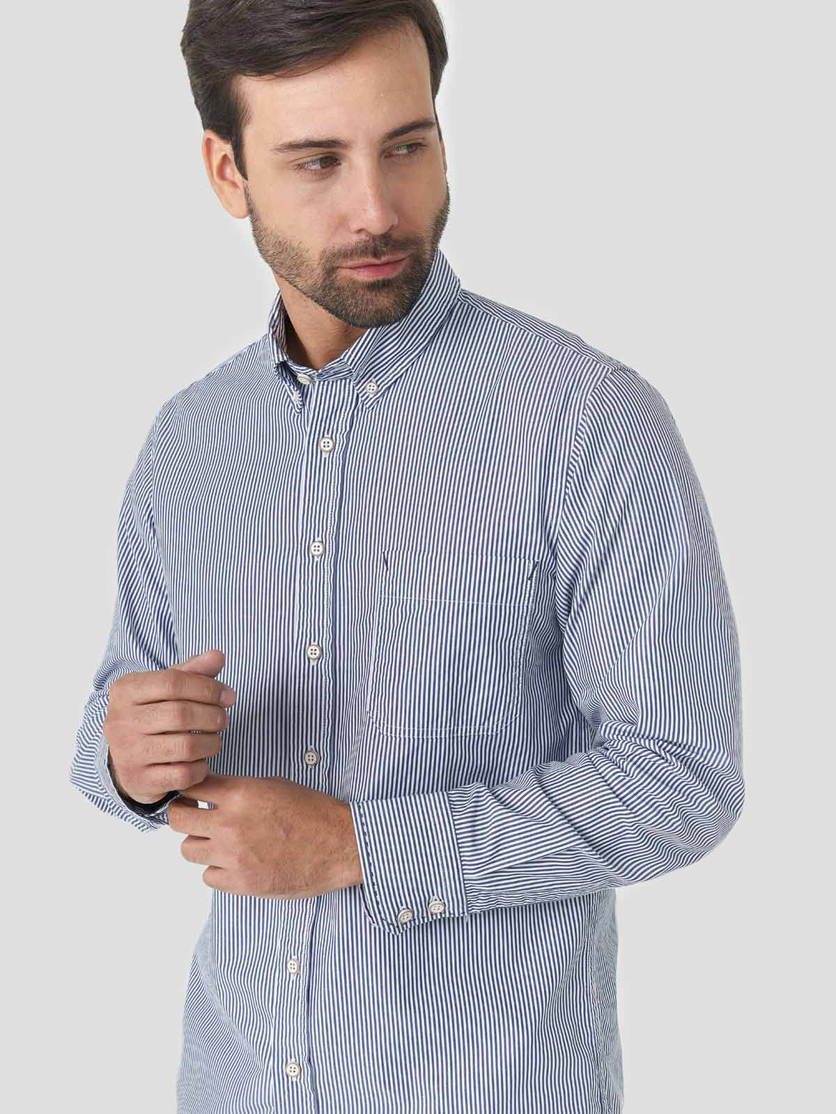 CAMISA CASUAL RAYAS REGULAR FIT PARA HOMBRE